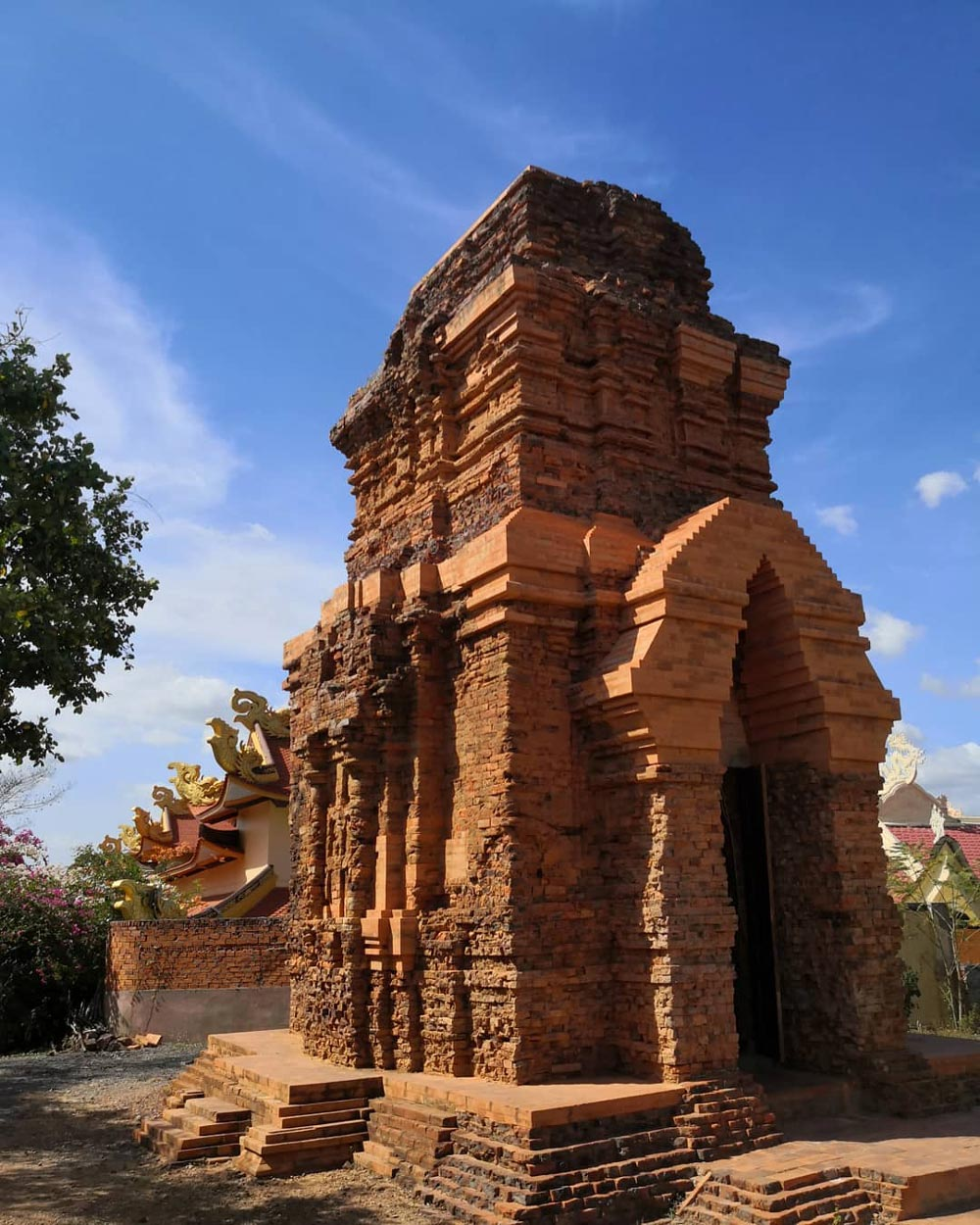 Explore Hindu Ruins at Po Sah Inu Cham Towers