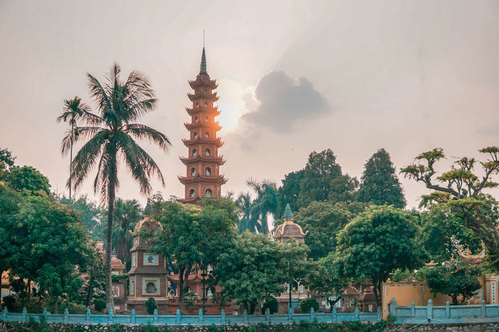 Things to See at the Tran Quoc Pagoda